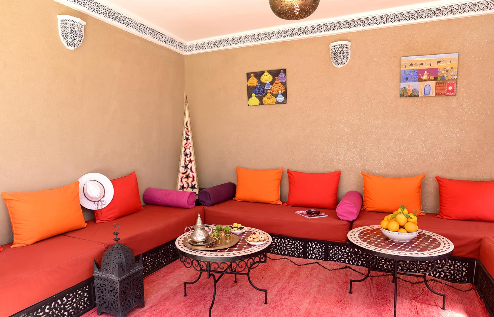 Shady area on the terrace, Riad Shaden Marrakech